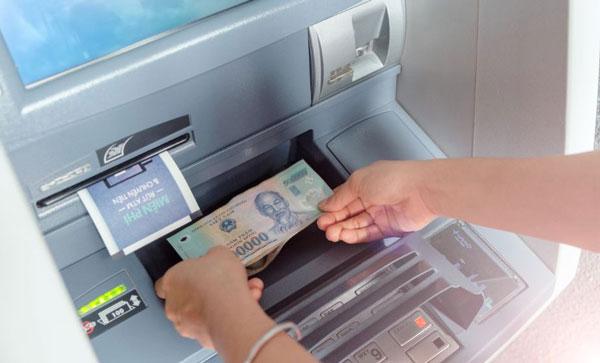 Cách chuyển tiền vào ngân hàng đơn giản