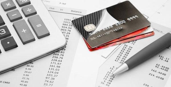 Thẻ visa credit là thẻ tín dụng được phát hành với yêu cầu theo quy định ngân hàng