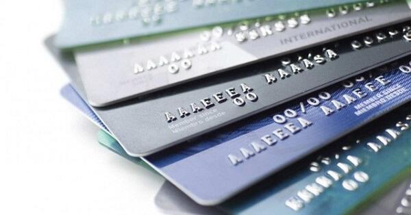 Giải đáp thắc mắc làm thẻ ngân hàng cần những gì và thủ tục dễ dàng nhất
