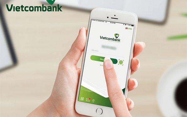 Sử dụng ứng dụng Mobile Banking để nạp tiền vào tài khoản ngân hàng Vietcombank