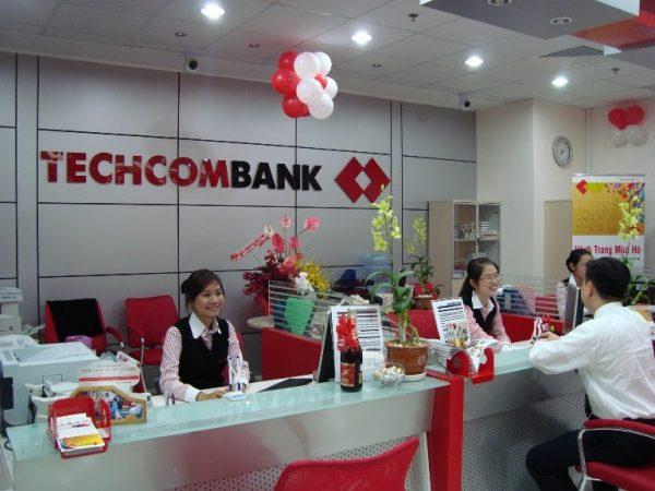 Lãi suất vay tín chấp theo lương tại Techcombank